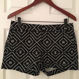 Patterned Geometric Black & White Dressy Shorts
